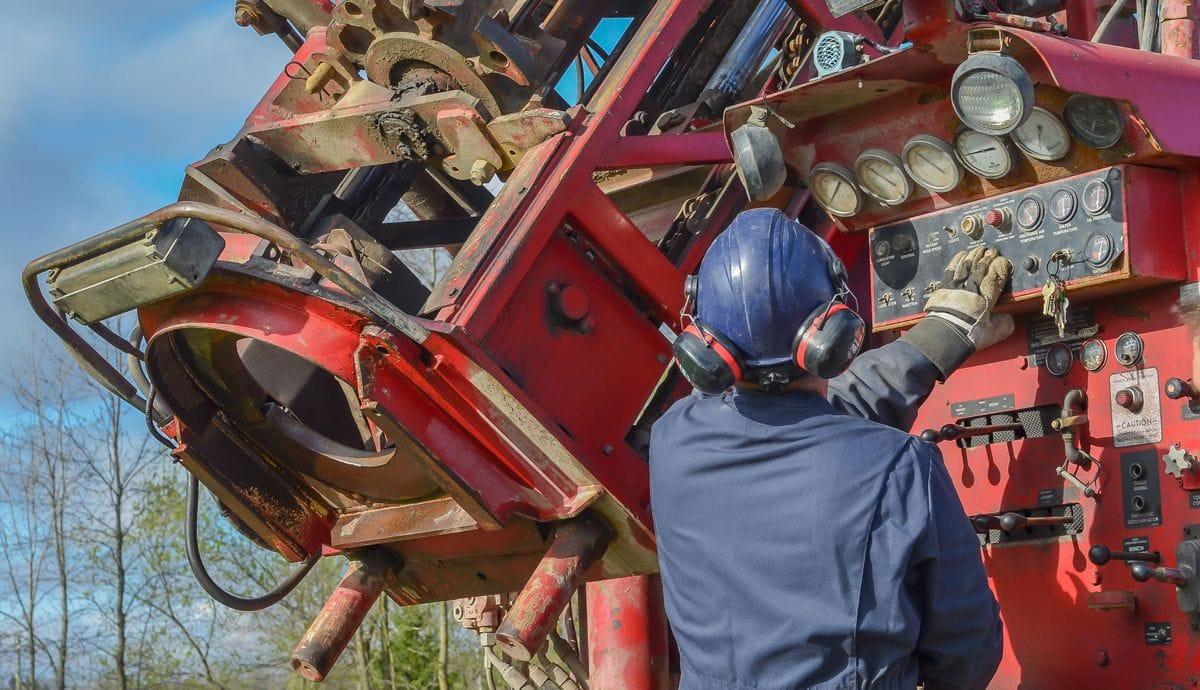 employe-puits-ste-agathe-compressor