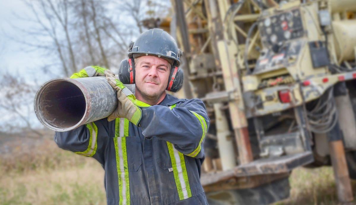 travailleur-puits-ste-agathe-compressor